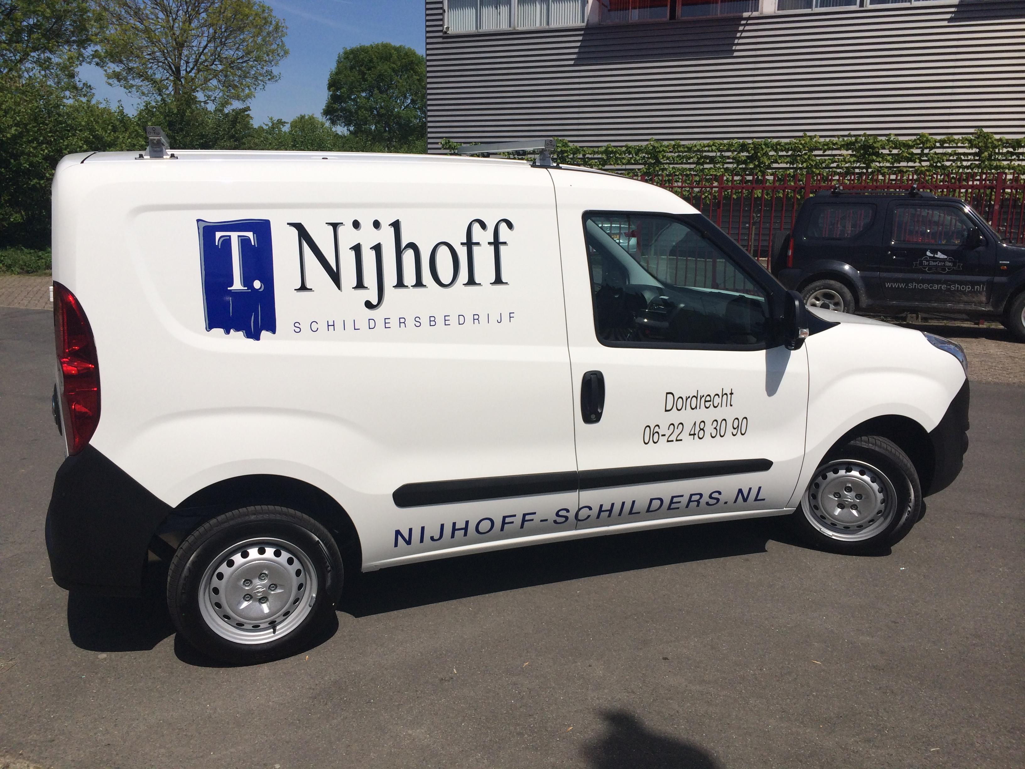Buiten schilderwerk auto Nijhoff Schildersbedrijf